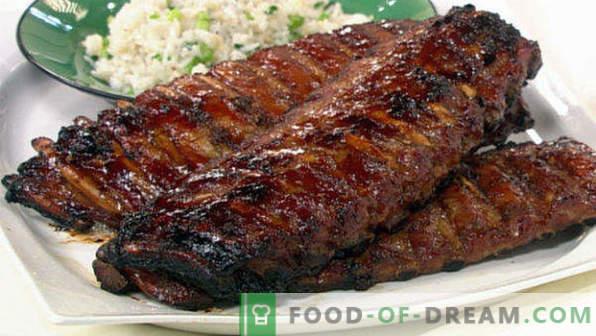 Kako kuhati svinjska rebra v pečici, preprosta in okusna