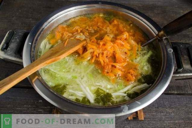 Fresh cabbage soup with radish and tomatoes
