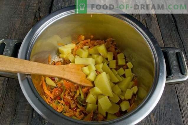 Lean juha s cvetačo, kokosom in paradižnikom