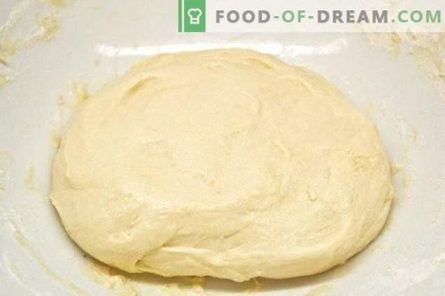 Sladki božični kruh s kumquatom in figami