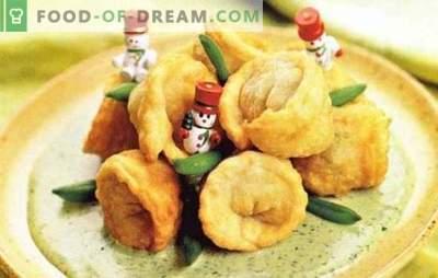 Pohovani štruklji s sirom, gobami, paradižniki, v kitajščini. Različni recepti ocvrtega štruklja: v ponvi, pečici, na žaru
