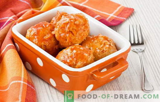 Meatballs with gravy - juicy meat in a fragrant sauce. How to cook meatballs with gravy: in the oven, in the pan