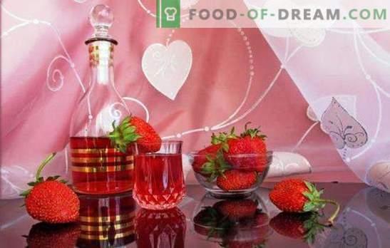 Kako pripraviti domače jagodno vino? Romantično in dišeče jagodičje v receptih jagodnih domačih vin