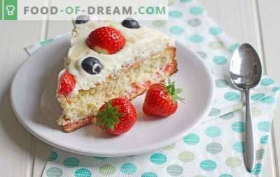 Sponge cake with cream - we prepare simple and tasty cakes, rolls, cakes! Biscuit Desserts with Butter, Custard and Sour Cream