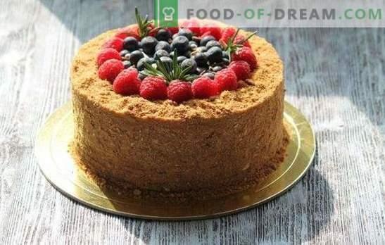 Medena torta v vodni kopeli - sama nežnost! Recepti z okusom, namočeno, okusno medeno pecivo v vodni kopeli