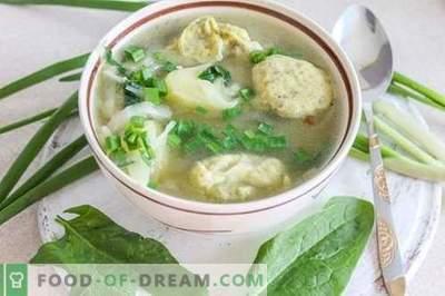 Zelenjavna juha z cmoki - zadovoljiva in zdrava!