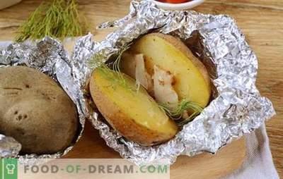 Krompir s slanino v pečici v foliji - okus iz otroštva! Podroben foto-recept za kuhanje krompirja s slanino, pečeno v foliji