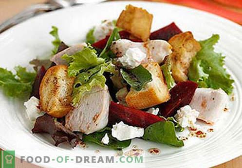 Dimljena piščančja solata - pet najboljših receptov. Kako pravilno in slastno pripraviti solate iz prekajenih piščančjih prsi.