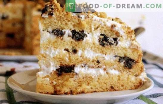 Medena torta s kislo smetano. Različne možnosti za testo in impregnacijo za medeno torto s kislo smetano.