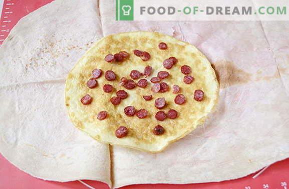 Omlet s klobasami in paradižniki v pita kruhu - okusnejši od shawarme