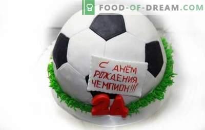 Football Ball Cake: preprosti in kompleksni tematski recepti za sladice. Kuharska torta