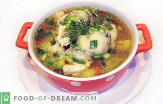 Piščančja juha z cmoki - jed iz otroštva! Avtorski recepti za kuhanje piščančjih juh z cmoki iz zdroba ali moke