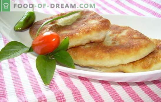 Krompirjeve pite, pečene v ponvi - kdo bo zavrnil? Recepti testa in nadevi za krompirjeve klobase, pečene v ponvi