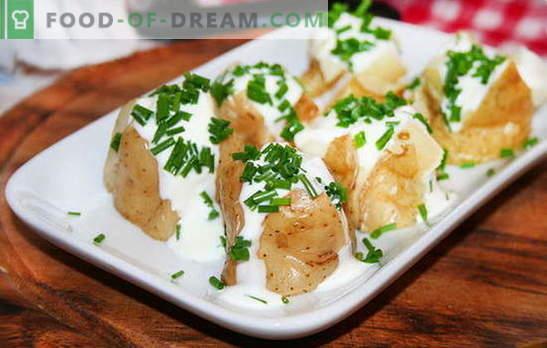Krompirjev pire v kislo smetano - nežen in hranljiv prilog. Recepti za kuhani krompir v kisli smetani: v ponvi, v pečici in počasnem štedilniku