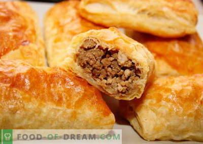 Лисна тесто со месо - најдобри рецепти. Како правилно и вкусно да се готви торта на лиснато печиво со месо.