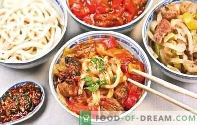 Korejska svinjska ušesa so poslastica, ki jo cenijo ljubitelji nenavadnih pikantnih jedi. Kako kuhati svinjska ušesa v korejščini: recepti, razkošja