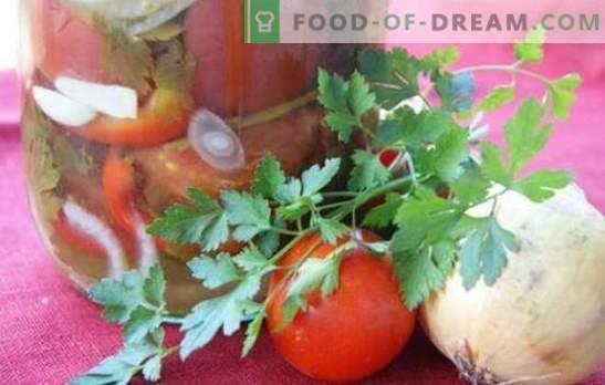 Салата од домати со кромид за зима: убава слатка и зачинета композиција. Колекција од најдобрите салати рецепти за зимата со домати и кромид