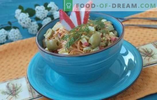 Rakasta solata s korenjem - proračunski prigrizek. Recepti za solate z raki iz korenja: hranljiva in lahka prehrana