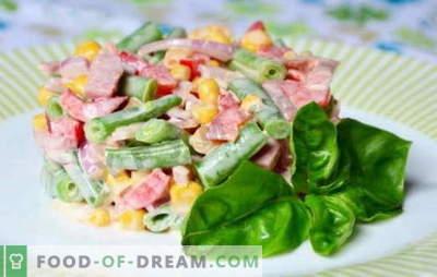 Sałatka z szynką i kukurydzą: zwykła lub łuszcząca się? Proste i złożone przepisy na sałatkę z szynką i kukurydzą