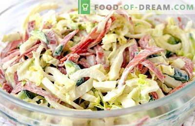 Najboljši recepti so solata s svežim zeljem in klobaso. Pravilno kuhamo solato iz svežega zelja s klobaso.